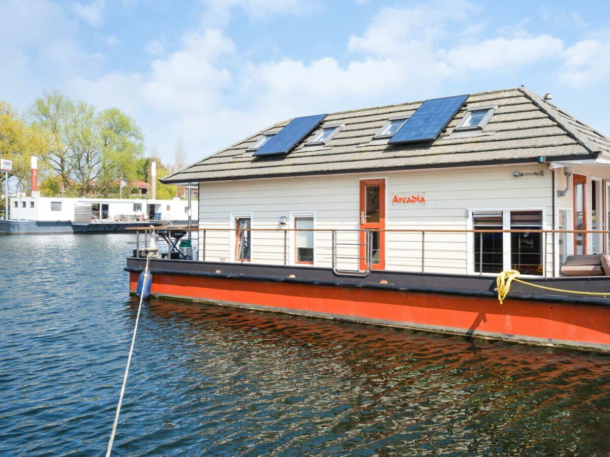 Watervilla - Belvilla Zandmeren Kerkdriel